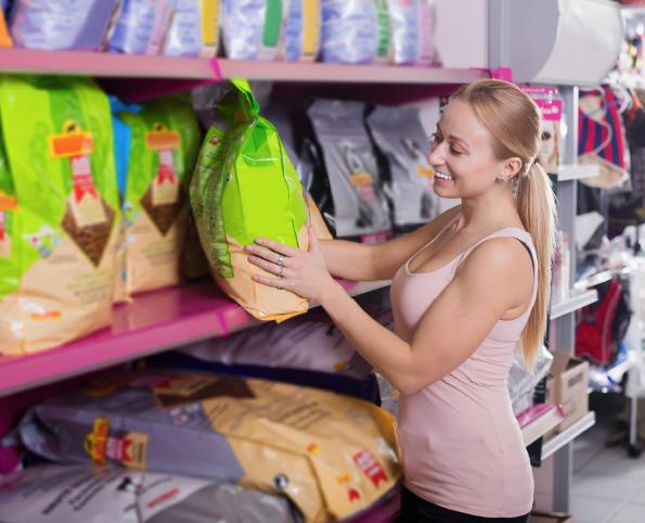 Clean label – czyli jak unikać pułapek czytając etykiety karm?